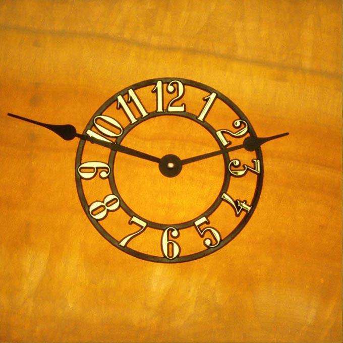 Lighted Onyx Mantel Clocks